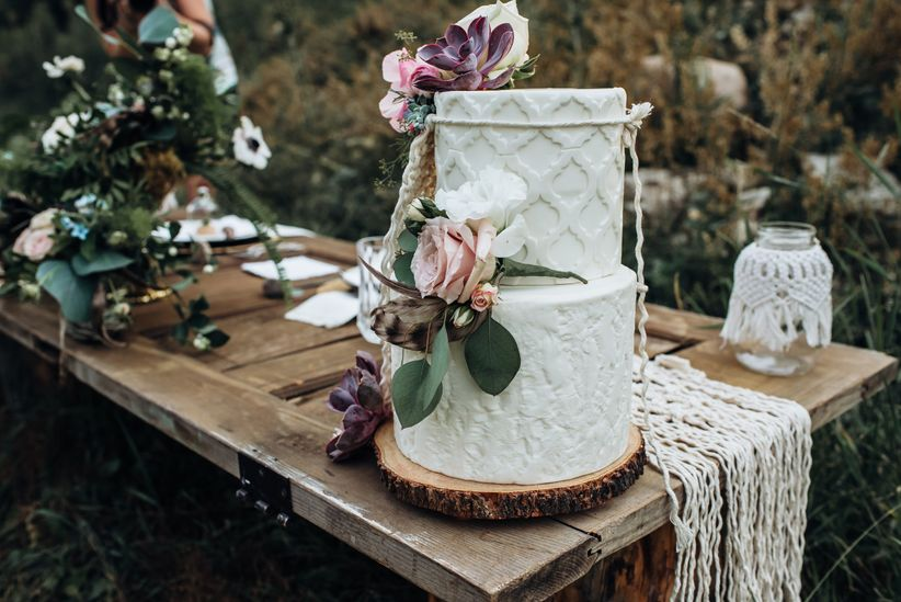 Rustic macrame wedding cake