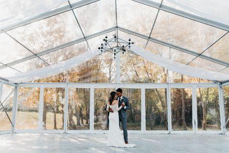 How to Rock the Transparent Wedding Decor Trend