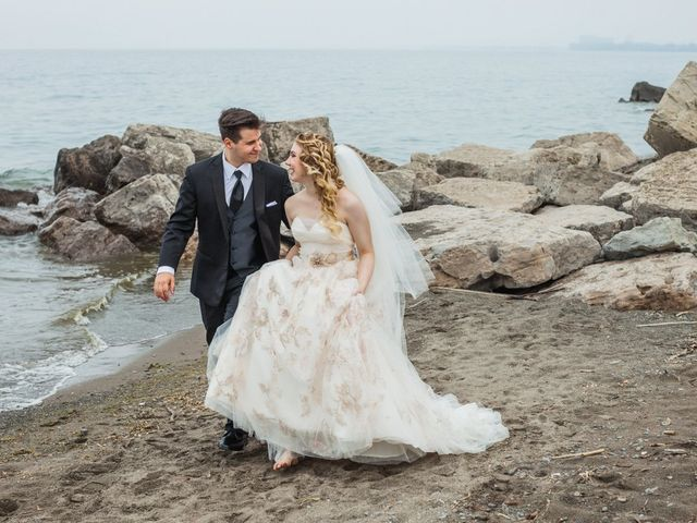 5 Stunning Outdoor Hamilton Wedding Venues with Waterfront Views