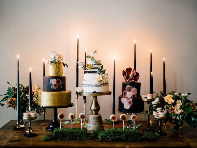 The 2019 Wedding Cake Trends That You Need to Know About