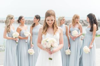5 Tips for Dealing With an Overbearing Bridesmaid