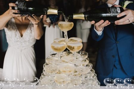 21 Awesome New Year's Eve Wedding Ideas