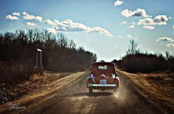 How to Decorate the Couple's Getaway Car