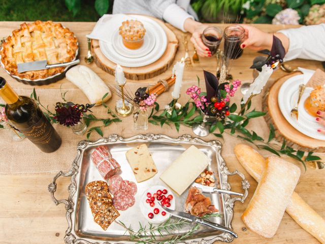 The Ultimate Post-Wedding Brunch Playlist