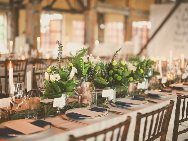 10 Rustic Chic Wedding Table Designs to Steal for Your Reception