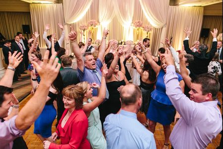 50 Songs All of Your Wedding Guests Totally Know the Words To