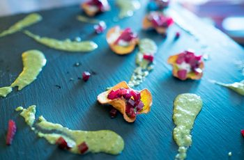 10 Vegan-Friendly Hors D'Oeuvres to Serve at Your Wedding