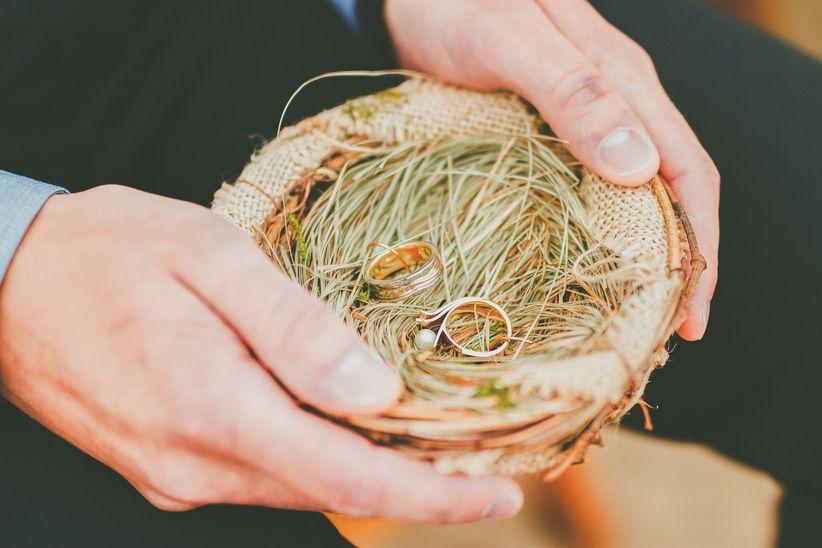 Fall wedding idea- rustic ring bowl