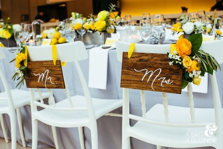 8 Ways to Decorate the Bride and Groom Chairs at Your Wedding Reception