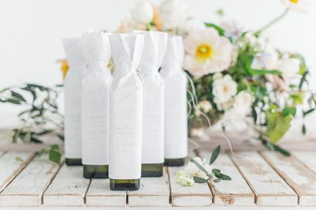 5 Tips for Displaying Your Wedding Favours