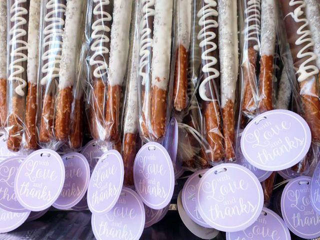 5 Ways to Serve Pretzels at Your Wedding