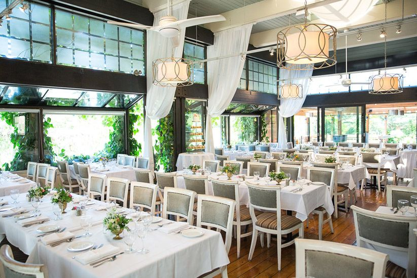 The 18 Best Restaurant Wedding Venues in Vancouver for Foodies