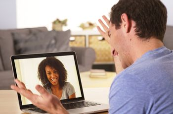 6 Wedding Planning Tips for Long-Distance Couples