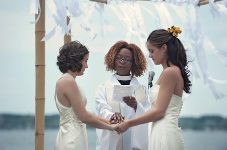 Choosing a Wedding Officiant for Your Same-Sex Wedding