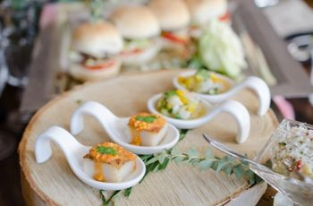 5 Reception Meal Serving Styles