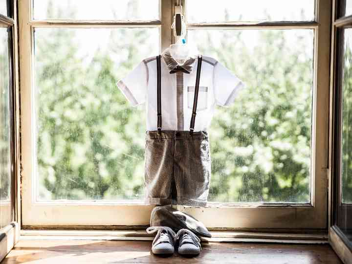 How to Choose Your Ring Bearer's Outfit