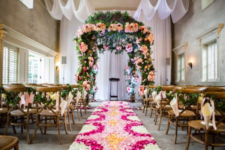 10 Unique Wedding Aisle Runner Ideas We Love
