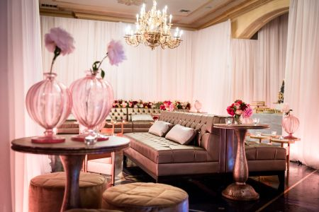 How to Create Your Wedding's Lounge Area