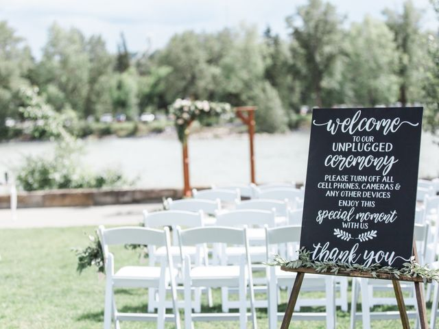 How to Tell Your Wedding Guests Things They Don't Want to Hear