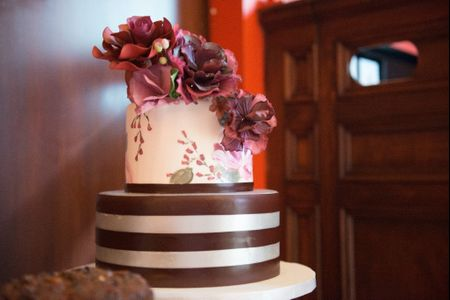 Wedding Cakes 101 – Everything You Need to Know