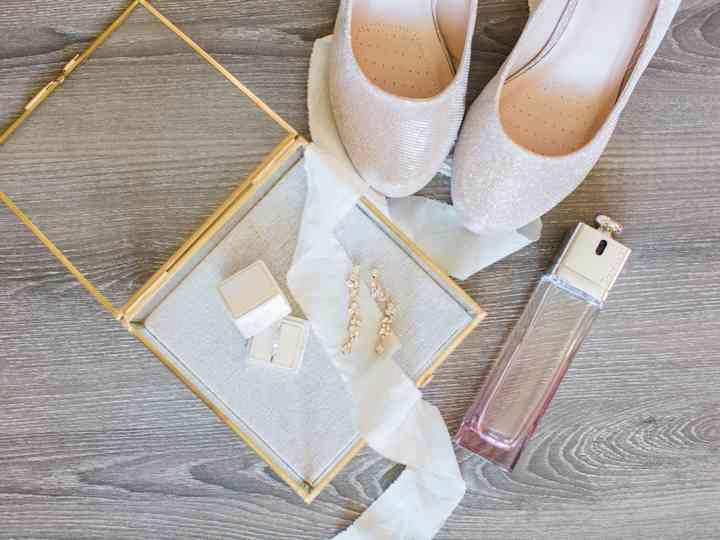 Risultati immagini per wedding kit