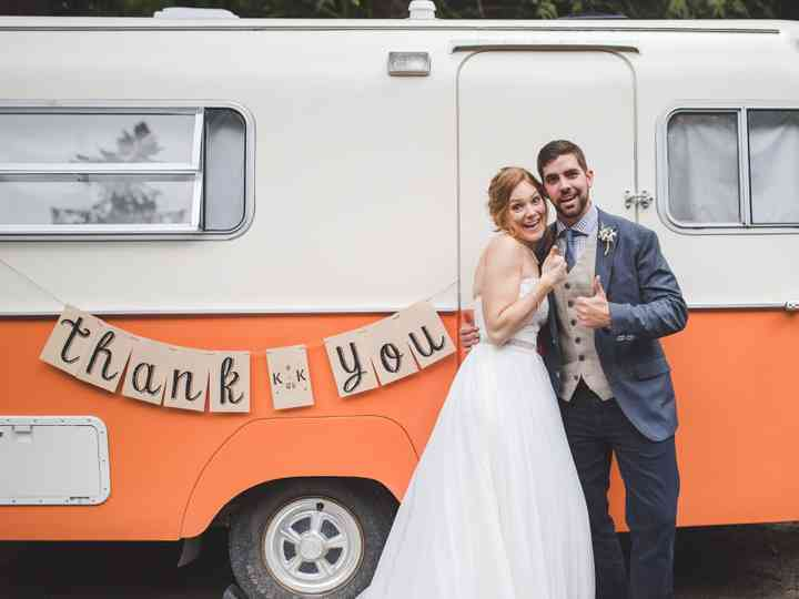 The Ultimate Wedding Tipping Guide