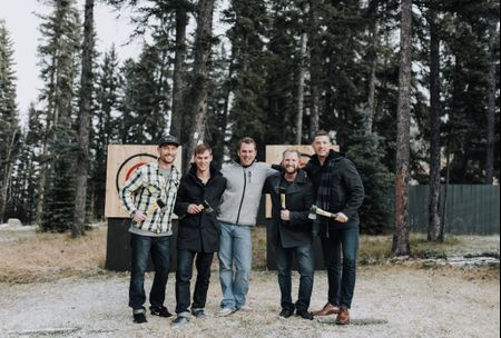 7 Wedding Day Activities for the Groom and his Groomsmen