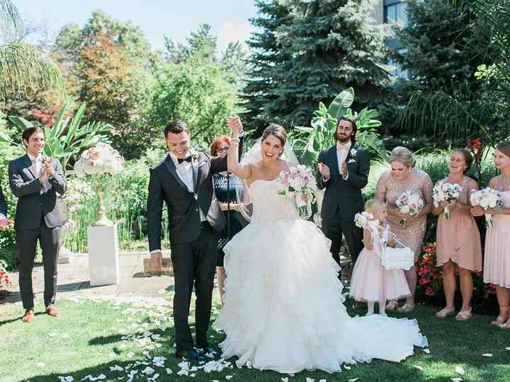 5 Tips for Choosing a Bridesman Outfit
