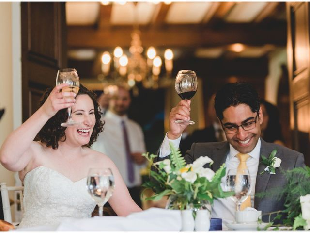 Wedding Speeches: Who Gives Them?