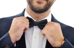 8 Things Every Groom Needs to Do Right Before Heading to the Altar