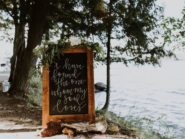 24 Creative Ways to Use Wedding Calligraphy