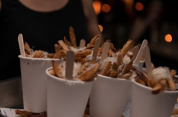 5 Ways to Serve Fries at Your Wedding
