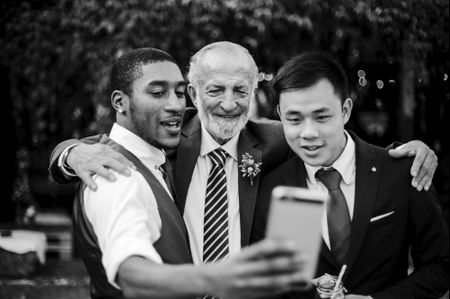 5 Reasons to Embrace Social Media on Your Wedding Day