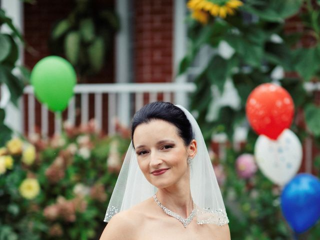 Flavia and Valentin's wedding in Montreal, Quebec 16