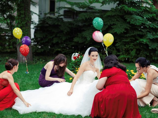 Flavia and Valentin's wedding in Montreal, Quebec 17