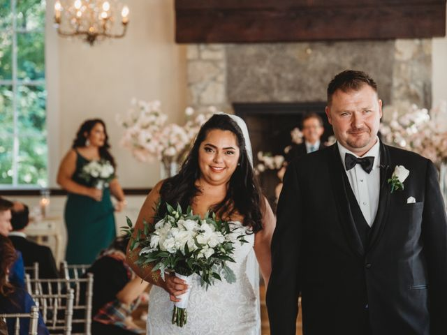 Maria and Stephen's wedding in Ancaster, Ontario 14