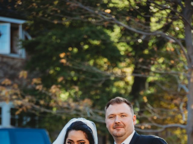 Maria and Stephen's wedding in Ancaster, Ontario 16