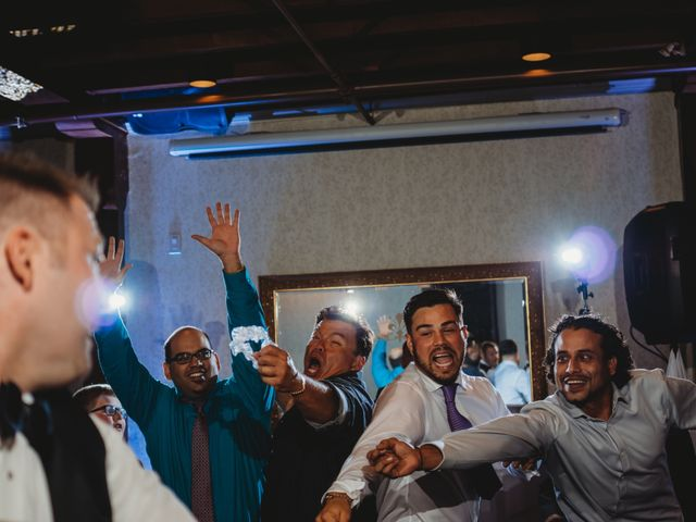 Maria and Stephen's wedding in Ancaster, Ontario 49