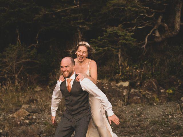 Kris and Emma's wedding in Ucluelet, British Columbia 31