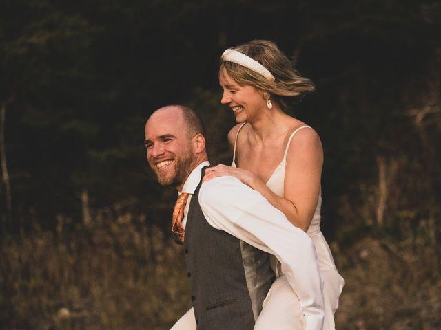 Kris and Emma's wedding in Ucluelet, British Columbia 34
