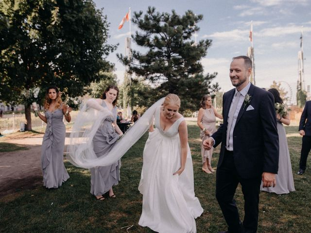 Luke and Melissa's wedding in Montreal, Quebec 8