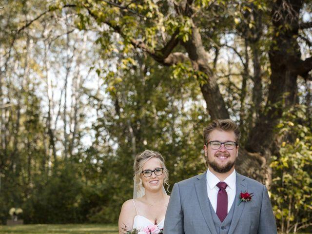 Jared and Jacie's wedding in Elm Creek, Manitoba 9