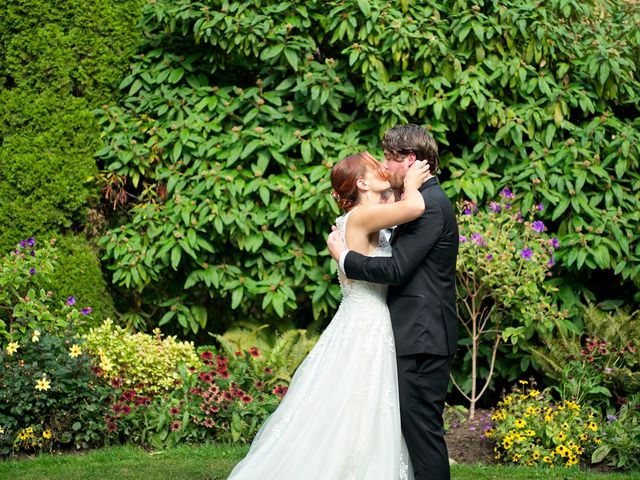 Shawn and Maeve's wedding in Vancouver, British Columbia 5