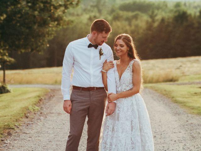 Chris and Heidi's wedding in Hopewell, Nova Scotia 11