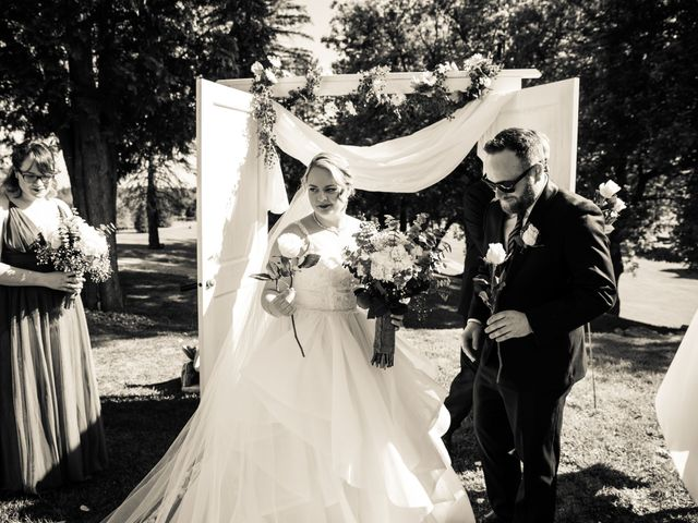 Ryan and Rebecca's wedding in Mirabel, Quebec 9