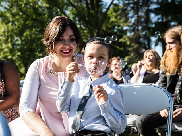 Ryan and Rebecca's wedding in Mirabel, Quebec 10