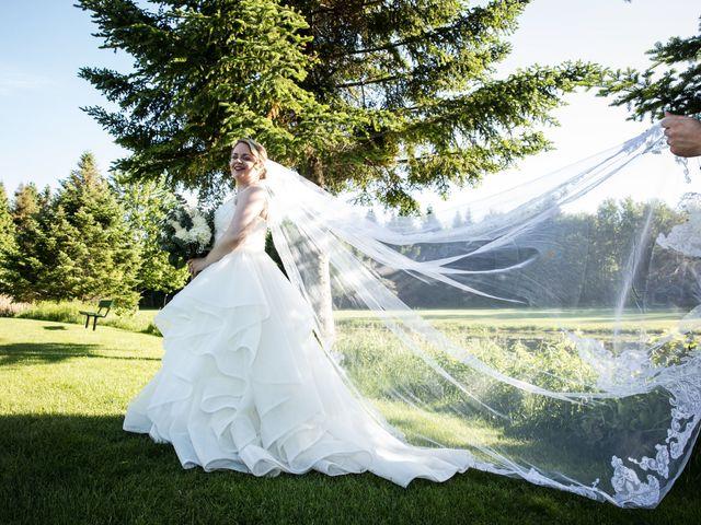 Ryan and Rebecca's wedding in Mirabel, Quebec 12