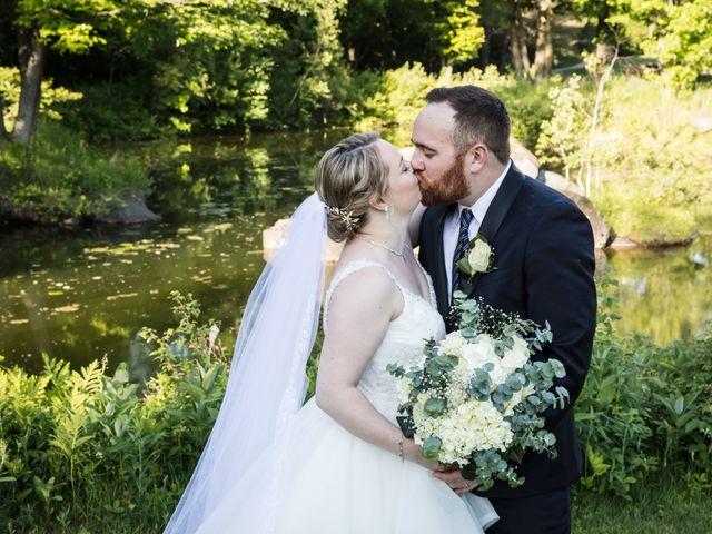 Ryan and Rebecca's wedding in Mirabel, Quebec 13