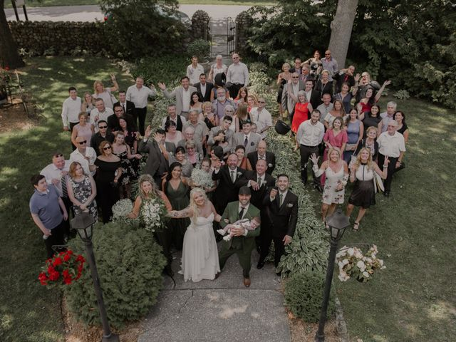Pedro and Danyka's wedding in Salaberry-de-Valleyfield, Quebec 8