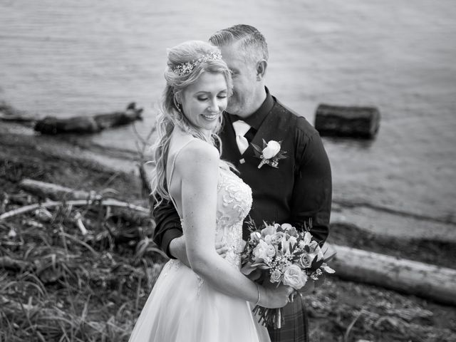 Bruce and Leanne's wedding in Parksville, British Columbia 23